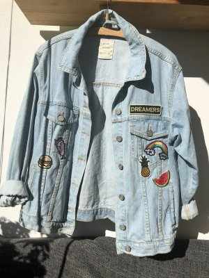 Bershka Jeansjacke mit Patches