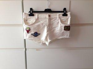 Bershka jeansshorts weiß mit Patches wie neu