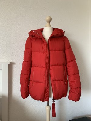 Bershka M Winterjacke Puffer jacket rot Steppjacke