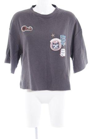 Bershka Oversized Shirt grau-rosa Comicmuster College-Look