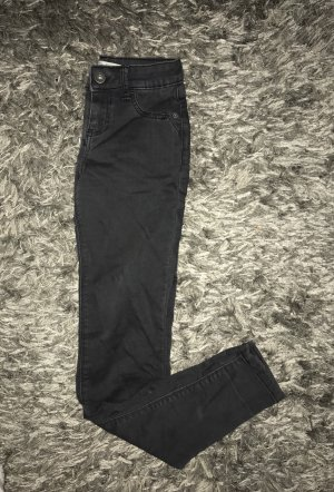 Bershka push up jeans gr. 32