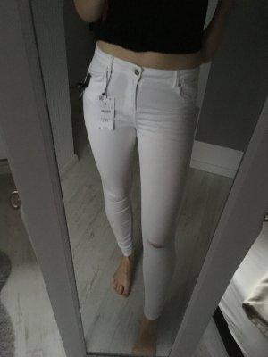 Bershka ripped Jeans weiß