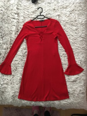 Bershka Rote Kleid