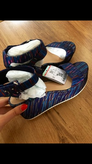 Bershka Schuhe neu mit Etikett