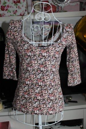 Bershka Shirt mit Flowerprint
