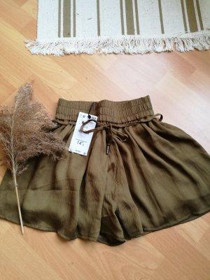 Bershka Shorts XS neu