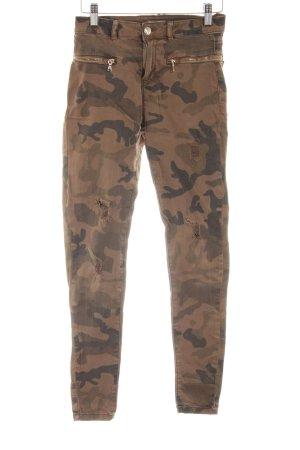 Bershka Skinny Jeans Camouflagemuster Casual-Look