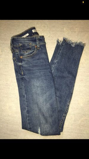 Bershka Skinny Low Waist Jeans