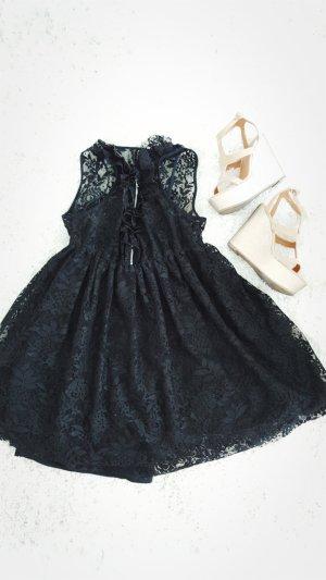 BERSHKA Spitzen Kleid! Abendkleid / Sommerkleid/
