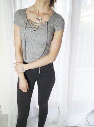 Bershka Top Shirt Schnüre schnüren Ripptop XS Blogger