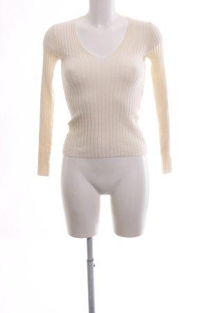 Bershka V-Ausschnitt-Pullover wollweiß Casual-Look