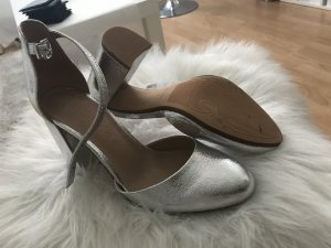 Bershka High Heels silver-colored