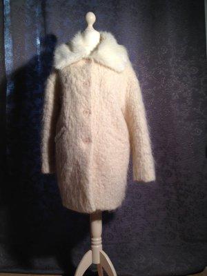 Besonderer oversized Wollmantel / Fake Fur Kragen