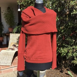 Best Connections Crewneck Sweater brick red cotton