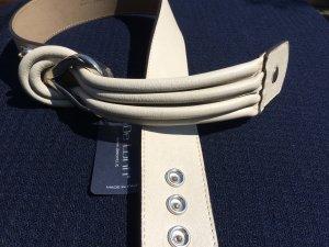 Hellgraue Ledergürtel mit attraktive Schnalle von De Lonti