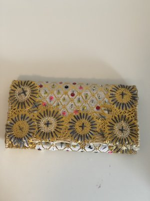 Bestickte Clutch gold