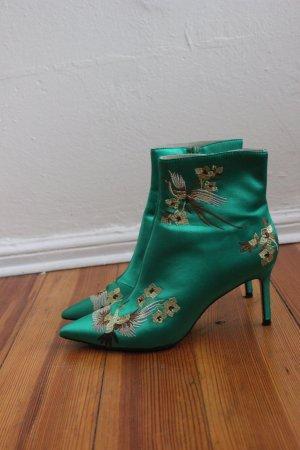 Bestickter Zara Boot