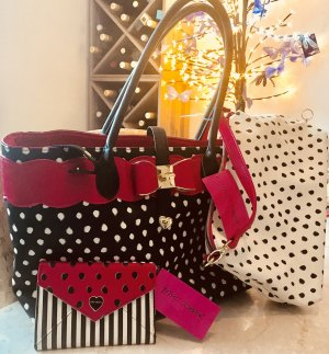 Betsey Johnson Damen Handtasche Rosa Schwarz mit Geldbeutel und herausnehmbaren extra Beutel Neu mit Etikett