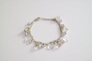 Bettelarmband mit Strasssteinchen und Perlen