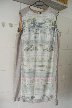 Betty Barclay Kleid mit Schimmer gr.44 beige silber