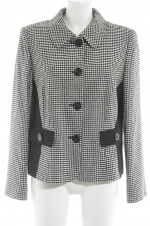 Betty Barclay Tweed blazer wit-zwart ruitpatroon Britse uitstraling