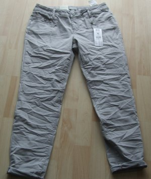 Betty & Co. Stretch-Jeans - Gr. 42 - NEU