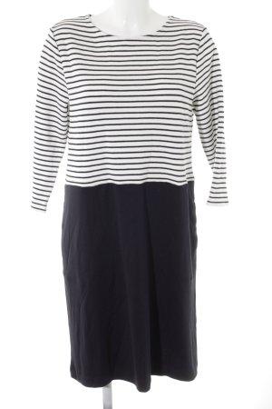 Betty & Co Gebreide jurk wolwit-donkerblauw gestreept patroon simpele stijl