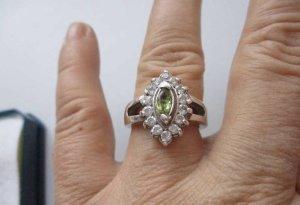 Bezaubernde Silber 925 Silberring Ring mit Zirkonia stein Olivin - massiv