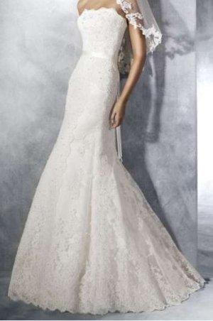 Bezauberndes Brautkleid im Meerjungfrau-Stil von White One Barcelona