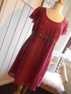 bezauberndes Kurzarm Empire Kleid mit Pailetten & Perlen Bodyflirt Beere