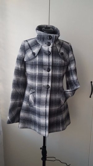 Biaggini wool coat, small size.