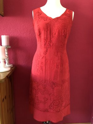 Bianca Vestido ceñido de tubo rojo-rojo ladrillo