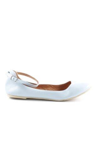 Bianco Ballerina con cinturino azzurro elegante