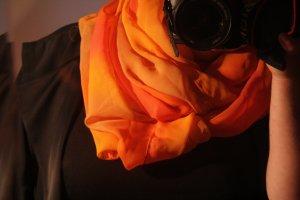 Biba Schal in Orangetönen