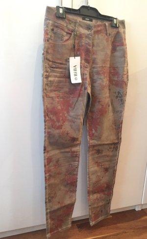BIBA - schicke 5 Pocket Hose - Coated Denim - neu