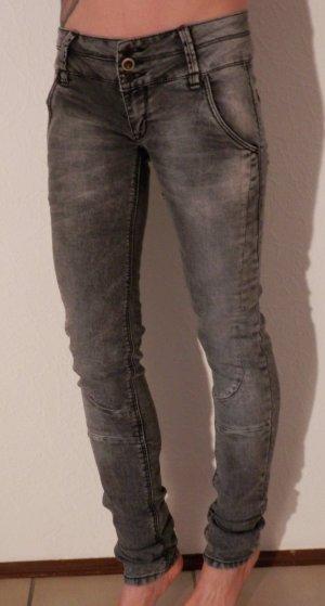 Biker Skinny Punk Rock Vintage Röhre Jeans Hose Pants Blogger Style TREND