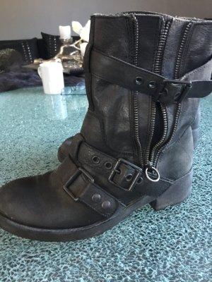ASH Desert Boots black leather