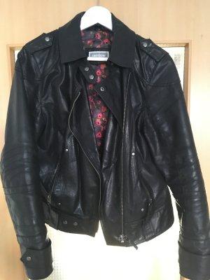 Veste en cuir noir-rouge framboise