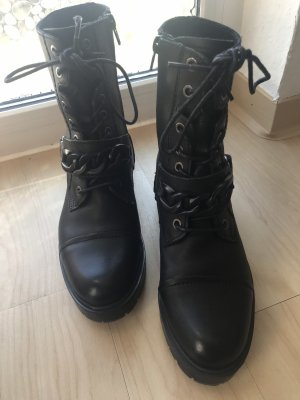 Hallhuber Lace-up Booties black
