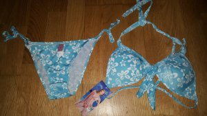 Bikini azzurro