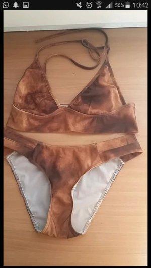 Bikini bronze-colored