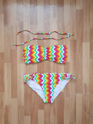 Bikini bunt mit abnehmbaren Trägern Gr. 44
