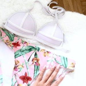 Bikini im Triangl Stil Blumen