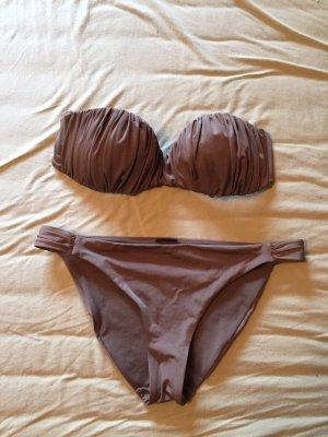 Bikini in der Farbe nude