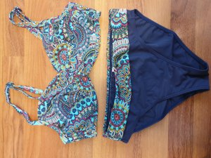 Bikini mit 2 Höschen