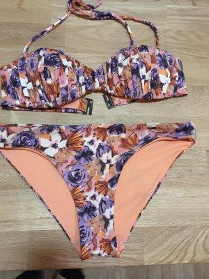 Bikini mit abnehmbaren Trägern