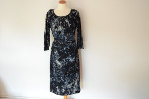 Bildschönes Midi Kleid mit Gürtel UVP 499,-€