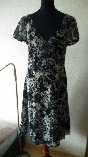 Bildschönes Sommerkleid, sehr hochwertig mit Blumenprint in Gr. M!!