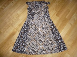 Bildschönes Sommerkleid von Piu & Piu