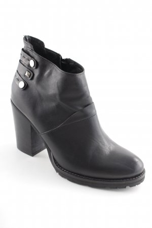 Biondini Zipper Booties black casual look